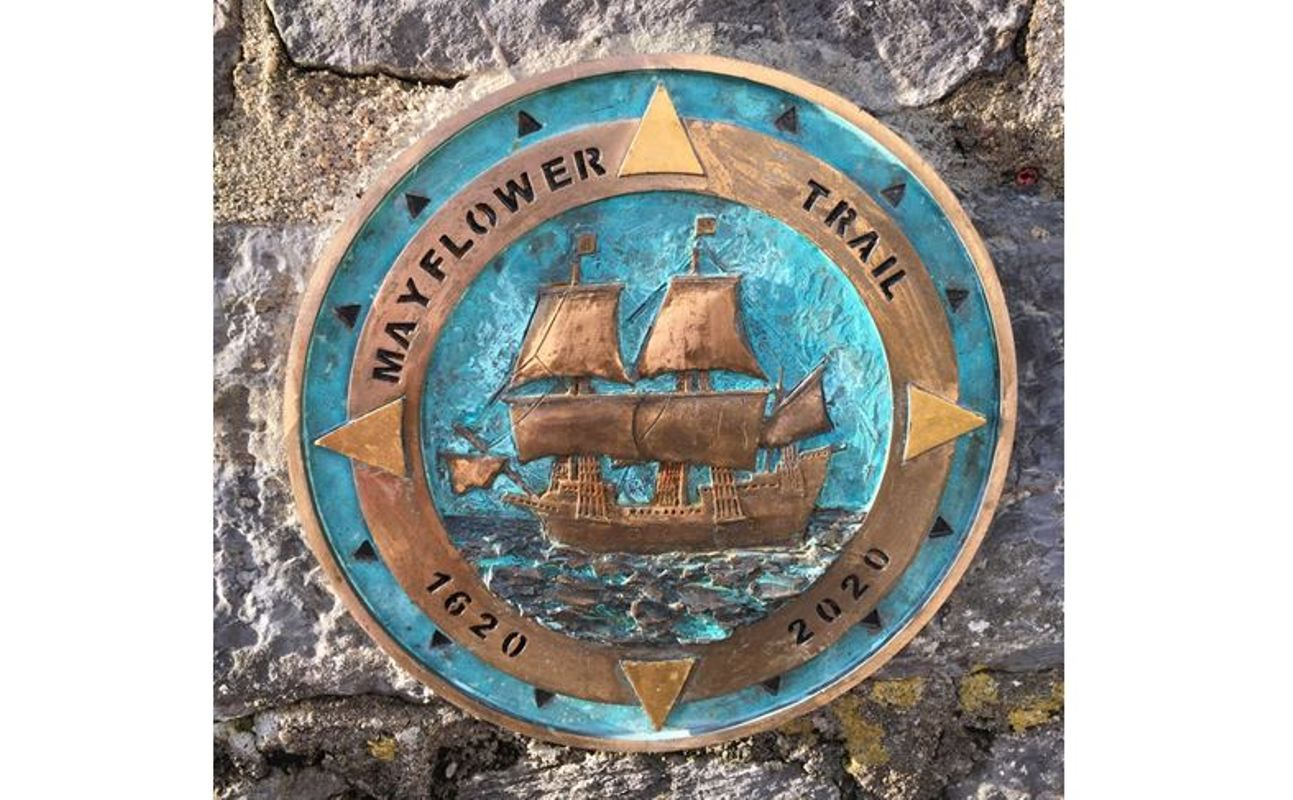 Dartmouth Mayflower Trail way marker